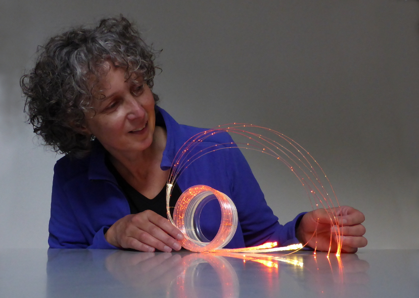 Josée Kempe © Josée Kempe optische vezel kunst fiber optics light art