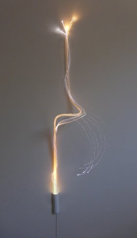 Lichtobject Stengel Rank © Josée Kempe optische vezel glasvezel kunst ledverlichting LED optical fiber light art